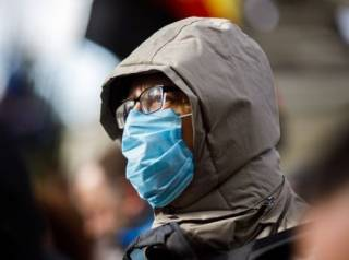 Ученые проверили медицинские маски на защиту от гриппа и коронавируса