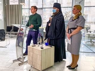 В Одессе УПЦ передала медикам 3,5 тыс тестов на коронавирус