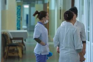 Коронавирус в аннексированном Крыму: число заболевших растет, улицы городов патрулирует Росгвардия