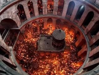Представитель УПЦ рассказал, привезут ли в этом году в Украину Благодатный огонь