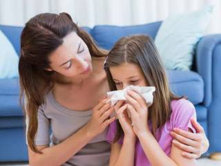 Ученые рассказали, как «легко и просто» отличить коронавирус от простуды