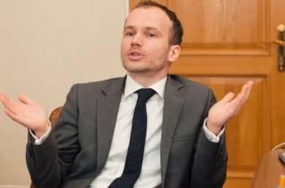 СМИ стало известно, как министр Малюська управляет АРМА в ручном режиме