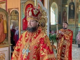 Митрополит Никодим рассказал, почему православные ждут Пасху и радуются ей