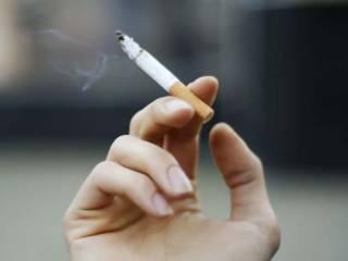 Ученые рассказали об опасности коронавируса для курильщиков