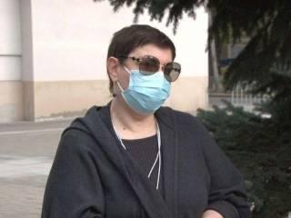 В Днепре директор областной больницы объявила бессрочную голодовку. Но не из-за коронавируса