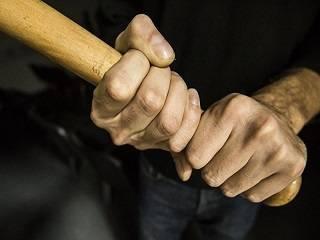 На Ровенщине активист ПЦУ избил односельчанина, потому что его жена ходит в храм УПЦ