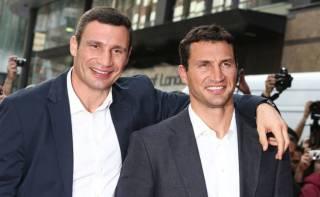 Братьев Кличко поставили в один ряд с Тайсоном, Али, Форманом и другими легендами бокса