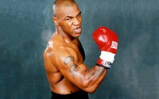 Легендарный боксер рассказал, как избил одновременно семерых проституток