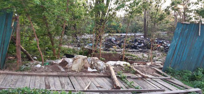 В Киеве неизвестные сожгли палатку ромов