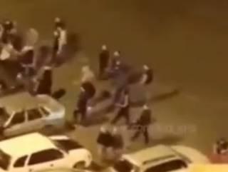 Суровые россияне устроили эпичную драку, наплевав на карантин