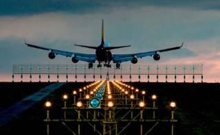 Глава МИД Украины дал удручающий прогноз возобновления авиаперелетов