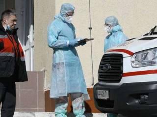 Украинские медики и дети продолжают массово заражаться коронавирусом