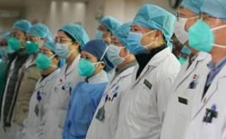 Китайский вирусолог признал, что власти скрывали информацию о реальном количестве заразившихся