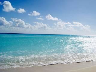 В МОЗ официально подтвердили, что коронавирус пляжному сезону не помеха