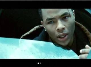Актер из фильма «Сумерки» и его девушка найдены мертвыми. Причиной может быть «неизвестное белое вещество»