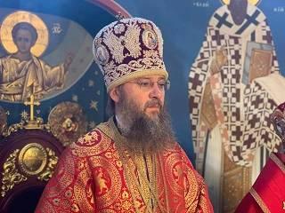 Митрополит Антоний объяснил, почему людей нельзя лишать богослужений
