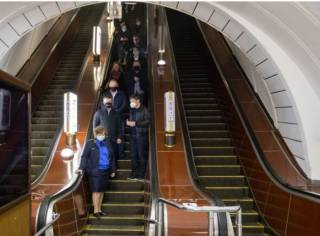 Возобновление работы метро в Киеве и Харькове: как это было
