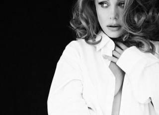 Тина Кароль выдала диссонанс: фото без макияжа и фото в сорочке на голое тело