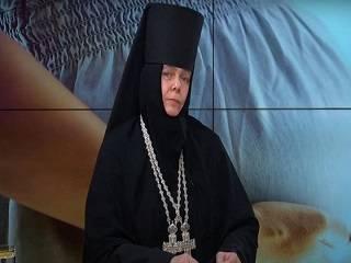 Игуменья Серафима объяснила, почему суррогатное материнство является грехом