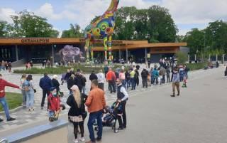 Кличко рассказал, сколько человек посетили обновленный зоопарк за три дня. И объяснил, почему были очереди