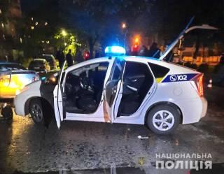 На Ровенщине полицейский подстрелил собаку и мужчину, который ее спустил. Все из-за пьяного водителя