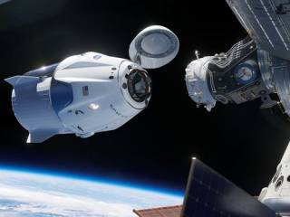 Историческая стыковка американского Crew Dragon с МКС: прямая трансляция