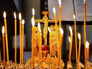 В УПЦ объяснили, как правильно почтить память умерших родственников