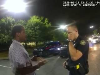 Появилось полное видео конфликта афроамериканца Ричарда Брукса с белыми копами