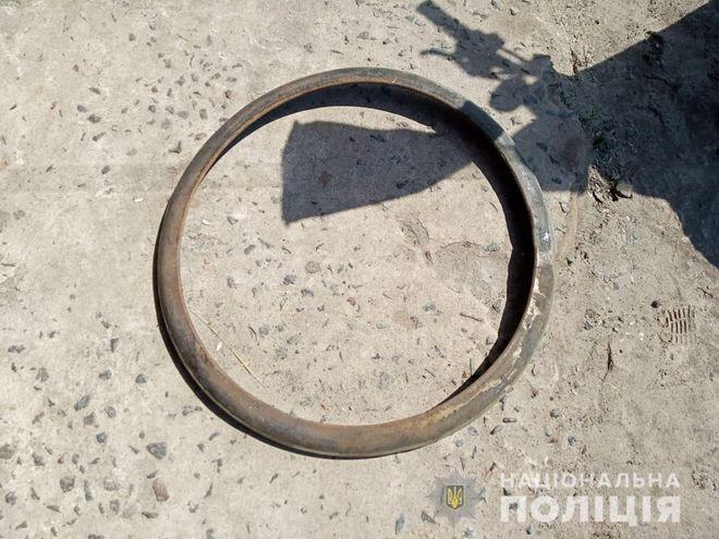 В Ровенской области 11-летнюю девочку убило отвалившимся от диска колеса бортовым кольцом