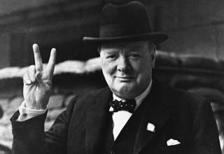Британский премьер Джонсон попытался объяснить, почему Черчилль не был расистом