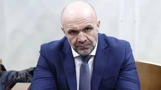 Главу Херсонского облсовета под конвоем везут на суд