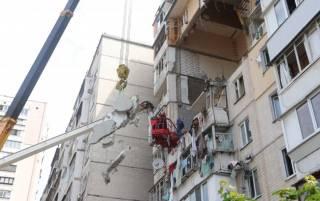 Из-под завалов дома на Позняках достали тела всех погибших