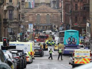 В Шотландии произошла кровавая резня, среди пострадавших ‒ полицейский