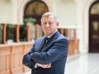 Глава НБУ Смолий подал в отставку, честно признавшись в собственной слабости