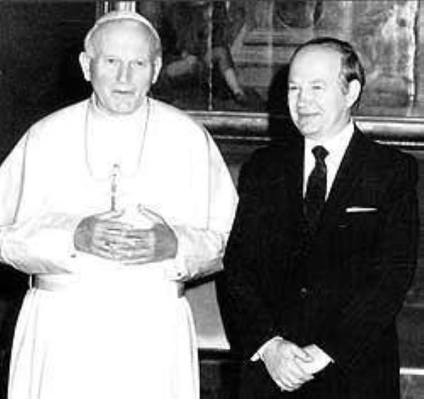 Юрий Карлов и Папа Римский Иоанн Павел II