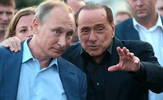 Путин стал президентом благодаря деньгам масона Берлускони