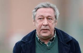 Адвокат актера-убийцы Михаила Ефремова рассказал, чем занимается его клиент во время домашнего ареста