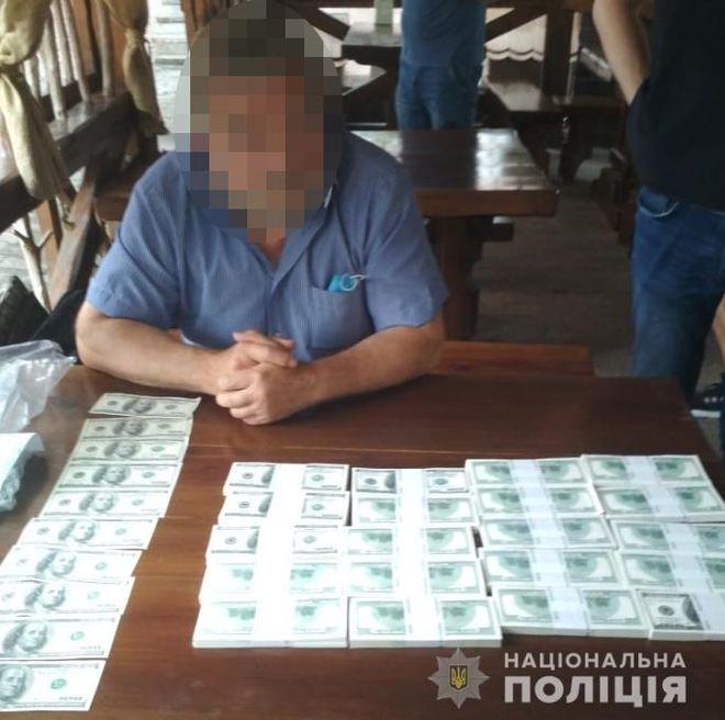 В Луцке задержали мошенника, который торговал членством в масонской ложе и должностями в Кабмине