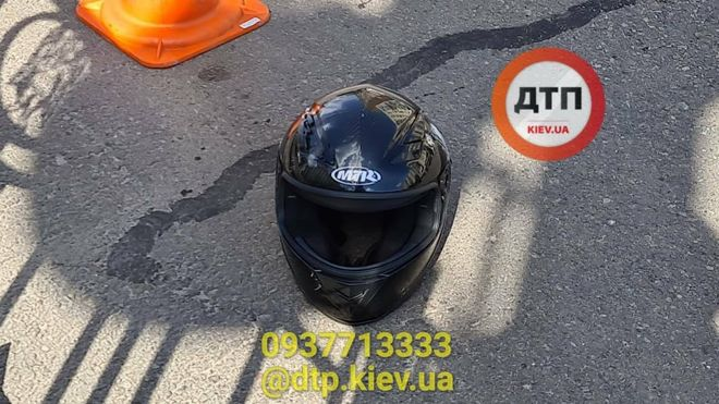 В Киеве на Голосеевском проспекте погиб мотоциклист