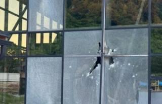 Появилось видео, как в Мукачево из гранатомета расстреляли базу отдыха