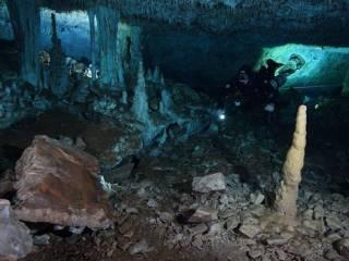В подводных пещерах Мексики обнаружена минеральная шахта древних людей