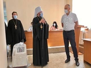 На Черниговщине УПЦ передала медикам важный аппарат