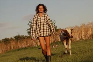 Валентина Голдина: На Херсонщине фермеры оставляли гнить на поле кабачки, а в Киеве люди покупали дорогой импорт