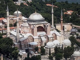 Патриарх Феофил просит Турцию сохранить статус Святой Софии