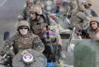 Азербайджан с утра возобновил артобстрел армянских позиций на границе