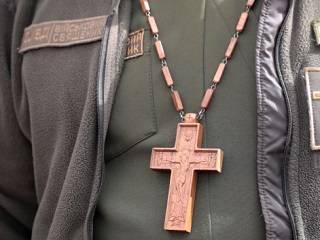 Митрополит Антоний призвал власть пересмотреть ситуацию с капелланами УПЦ