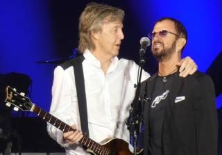 Участники группы The Beatles воссоединились, чтобы выпустить новый альбом