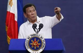 Президент Филиппин приказал хватать и крутить всех, кто нарушает масочный режим