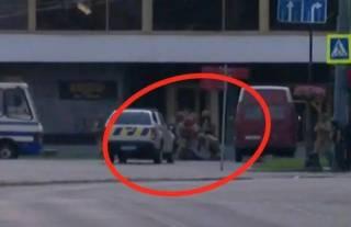 После короткой перестрелки луцкий террорист сдался правоохранителям