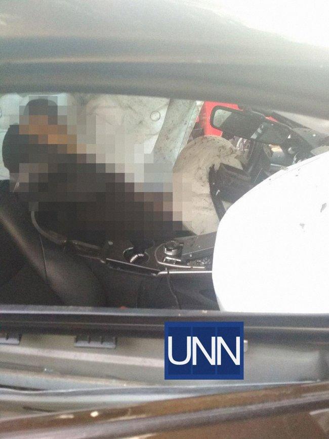 Взорванный Mitsubishi Pajero в Львовской области